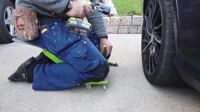发明护膝椅子